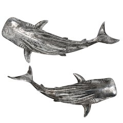 Shiver Wall-hanging Statue