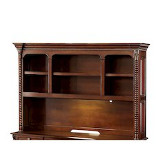 Winton Traditional Style Hutch
