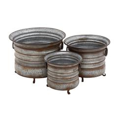 The Baffling Set Of 3 Metal Planter