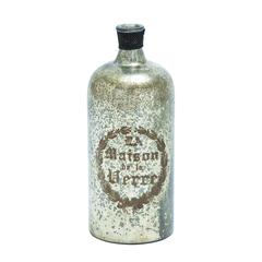 Simple And Attractive Glass Bottle Brown And White Pattern