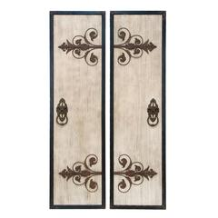 Wooden And Metal Wall Plaque With Assorted Classic Style