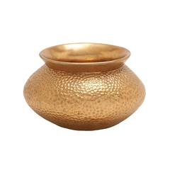 Elegant And Sturdy Copper Vase