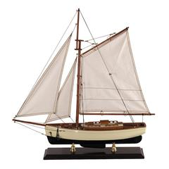 Authentic Models 1930s Classic Yacht, Small