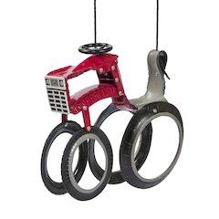 Case IH® Tractor Tire Swing