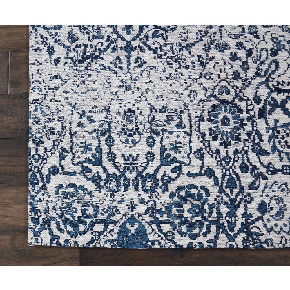 Damask Area Rug, Ivory/Navy, 5' x 7'. Picture 2