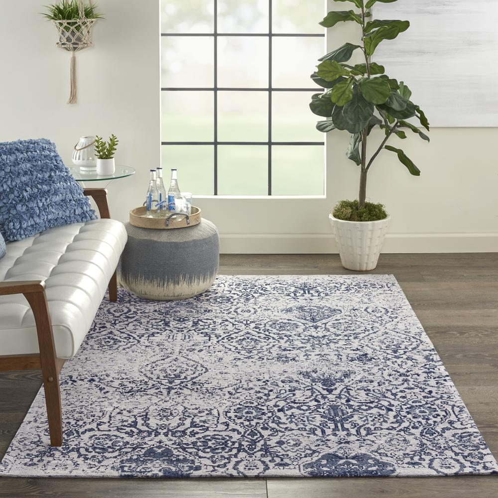 Damask Area Rug, Ivory/Navy, 5' x 7'. Picture 4