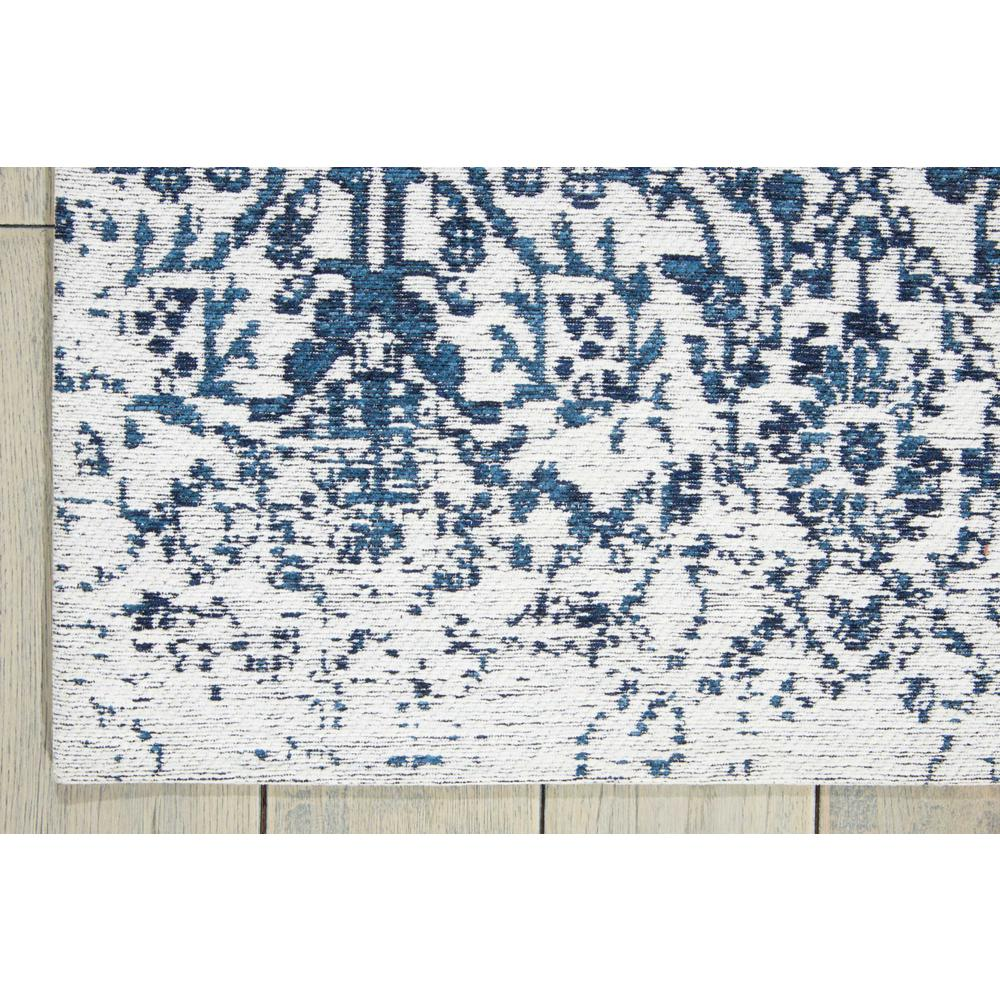 """Damask Area Rug, Ivory/Navy, 2'3"""" x 3'9"""". Picture 2"""