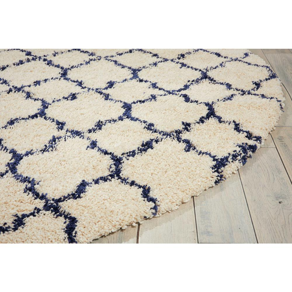 """Amore Area Rug, Ivory/Blue, 7'10"""" x ROUND. Picture 5"""