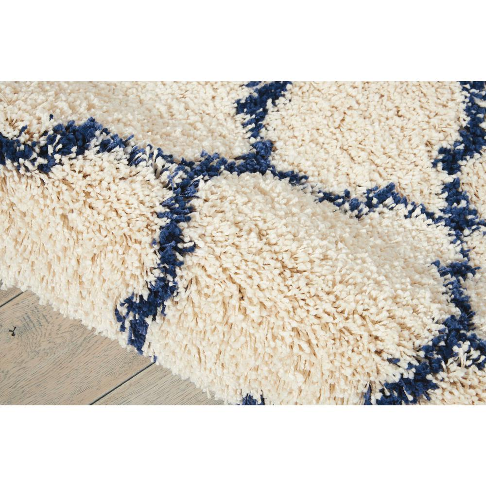 """Amore Area Rug, Ivory/Blue, 7'10"""" x ROUND. Picture 6"""