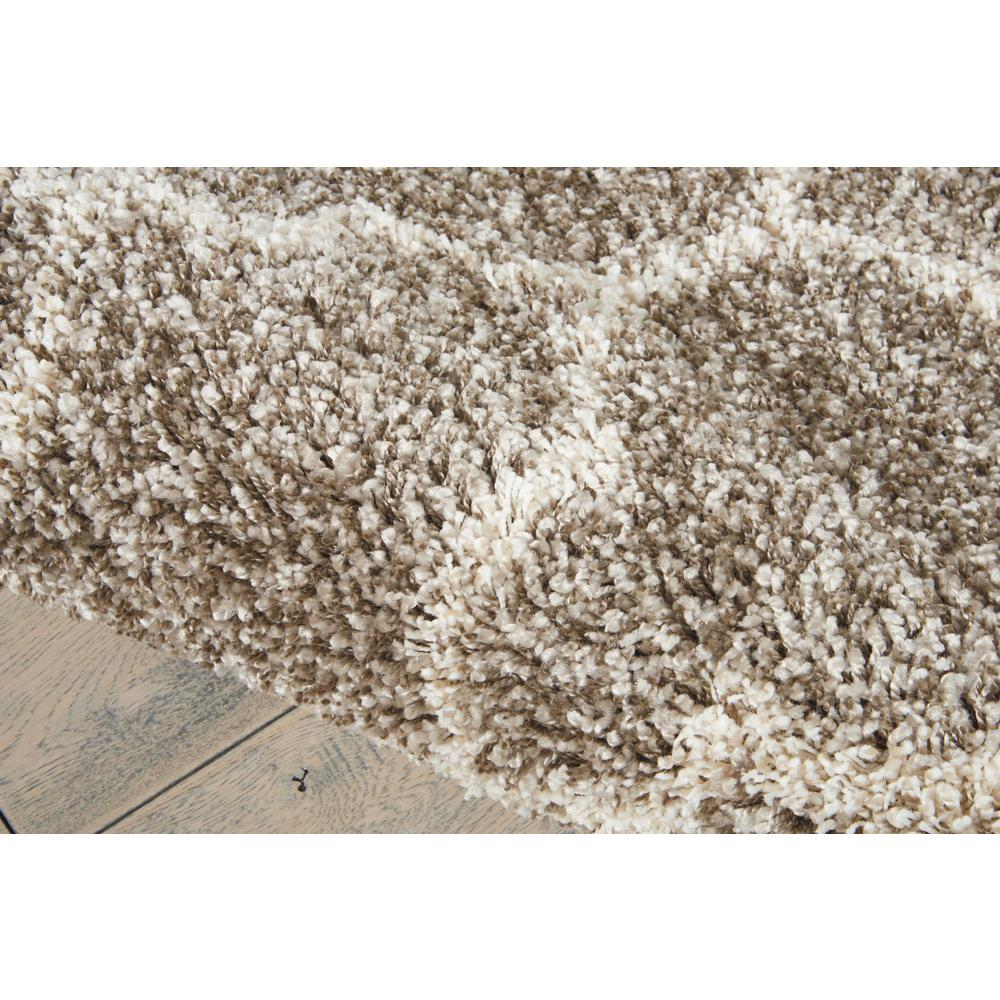 """Amore Area Rug, Stone, 6'7"""" x ROUND. Picture 6"""