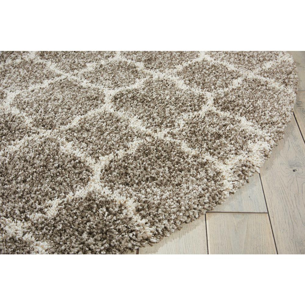 "Amore Area Rug, Stone, 7'10"" x ROUND. Picture 5"