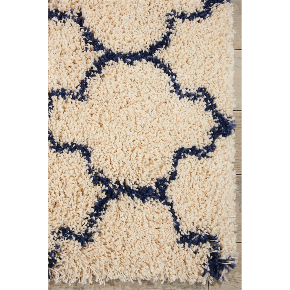 """Amore Area Rug, Ivory/Blue, 2'2"""" x 7'6"""". Picture 2"""