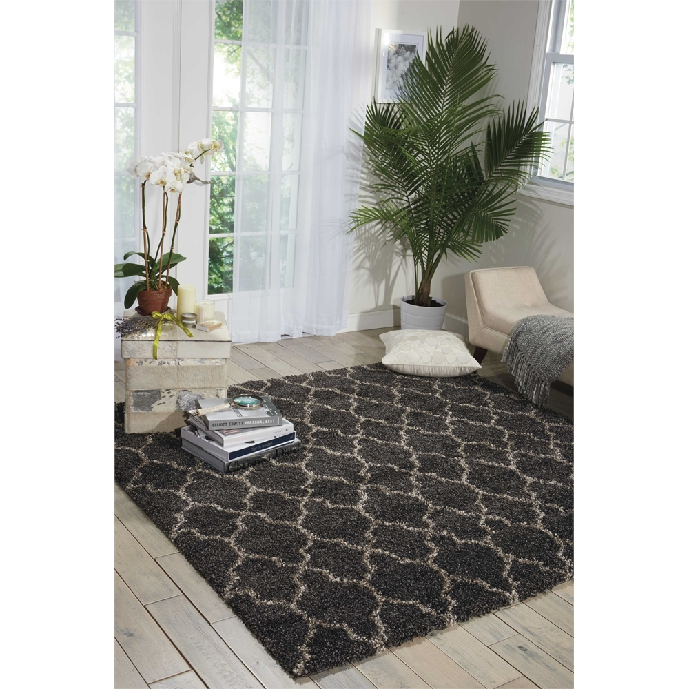"""Amore Area Rug, Charcoal, 6'7"""" x 6'7"""". Picture 6"""