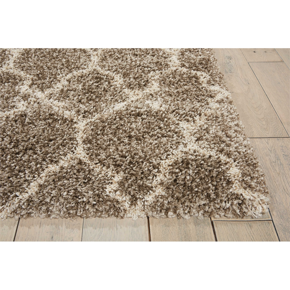 """Amore Area Rug, Stone, 6'7"""" x 6'7"""". Picture 3"""