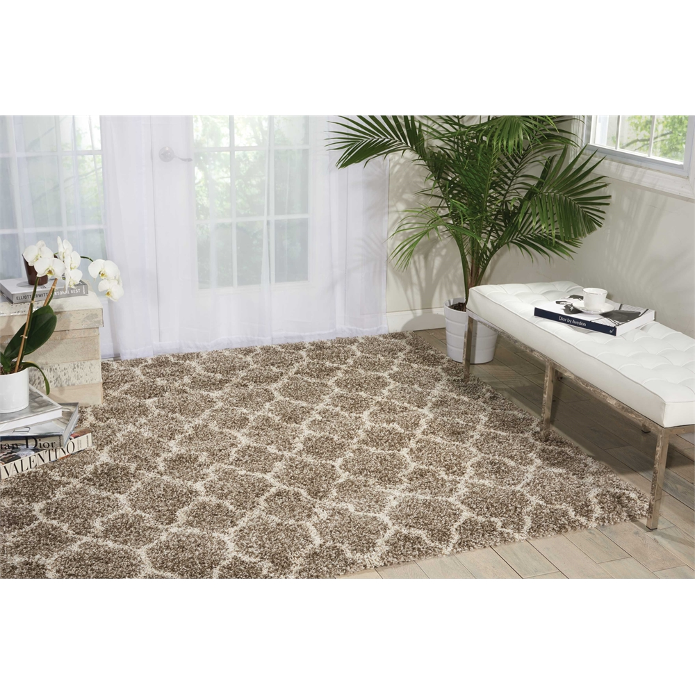 """Amore Area Rug, Stone, 6'7"""" x 6'7"""". Picture 6"""
