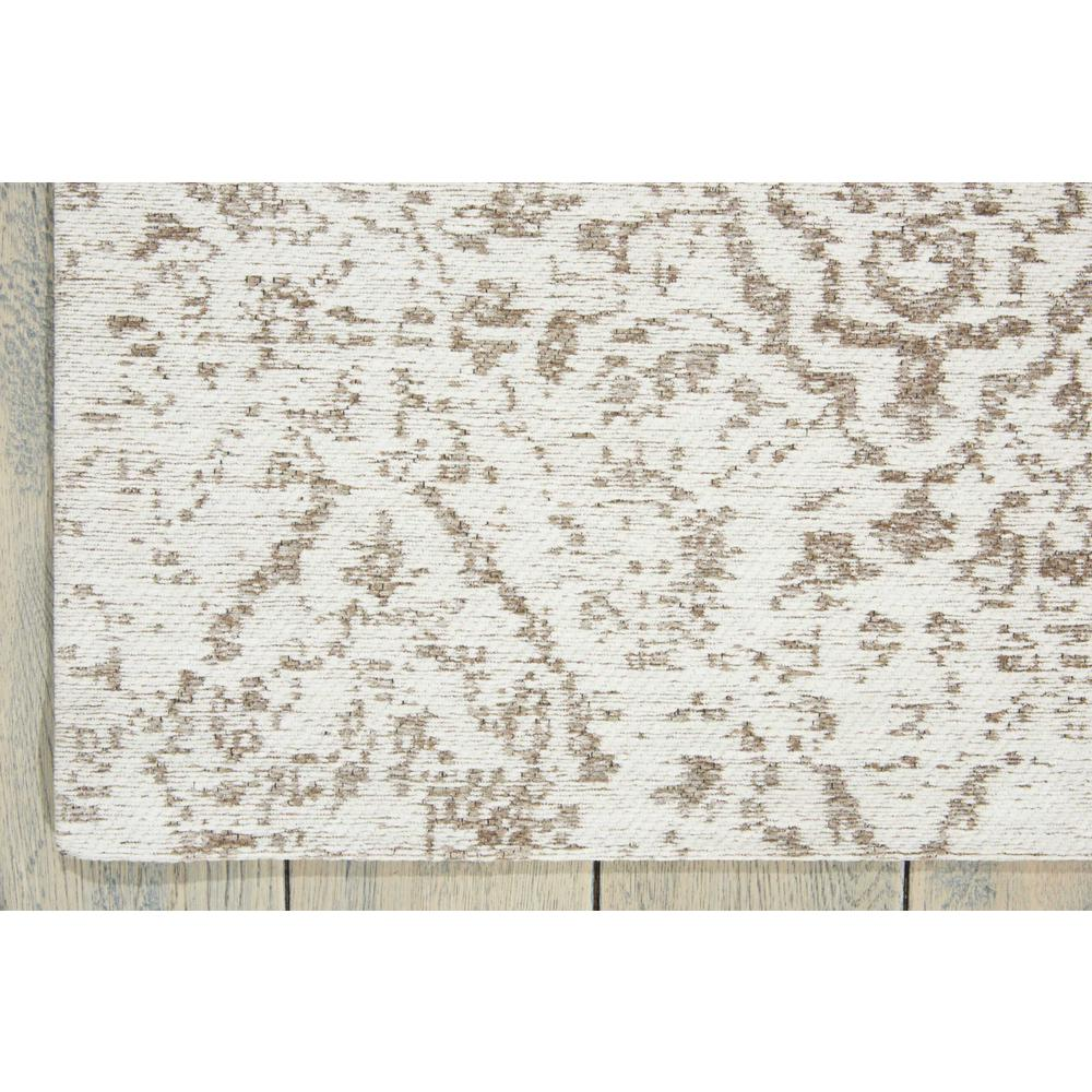 "Damask Area Rug, Ivory, 2'3"" x 3'9"". Picture 2"