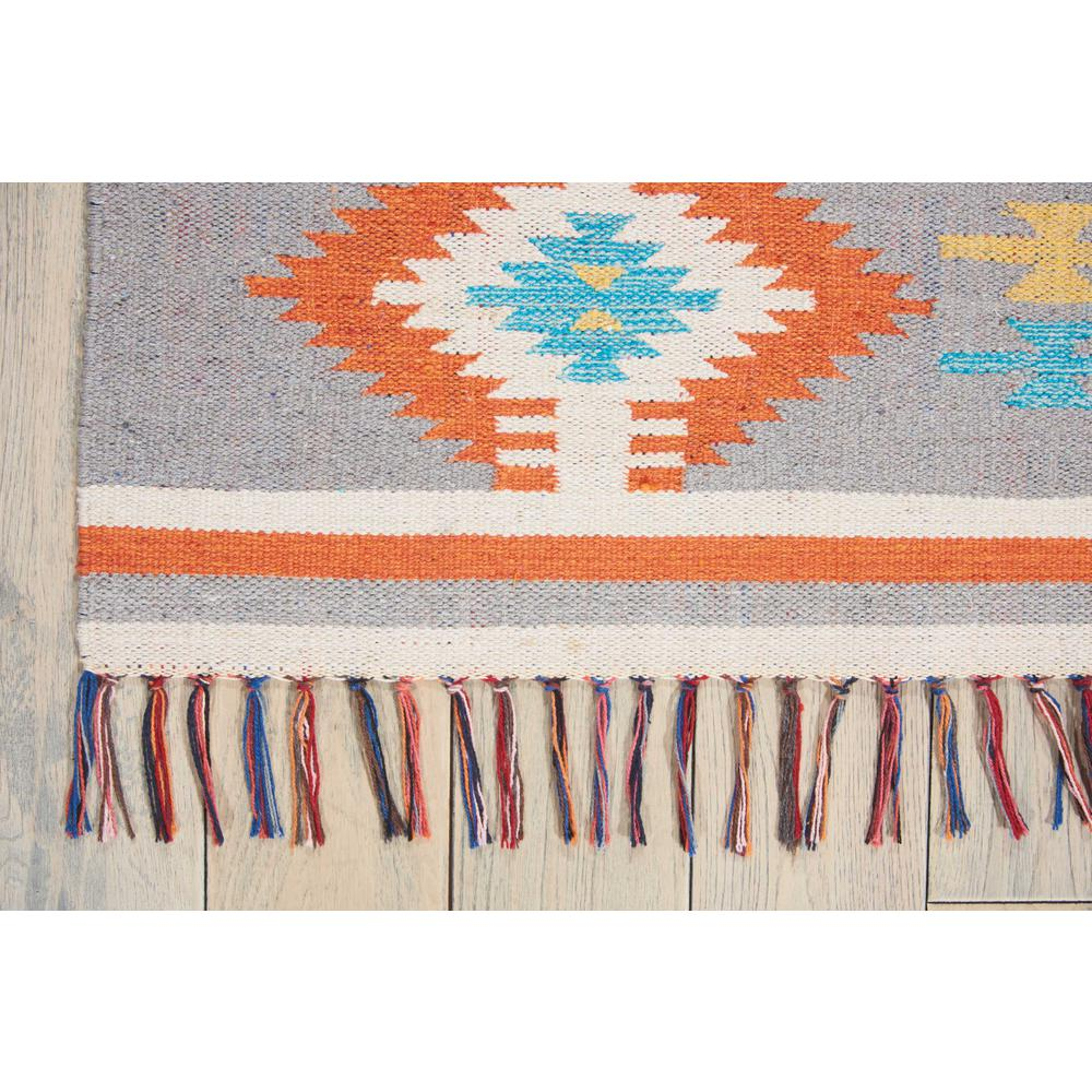 "Baja Area Rug, Ivory/Grey, 6'6"" x 9'6"". Picture 5"