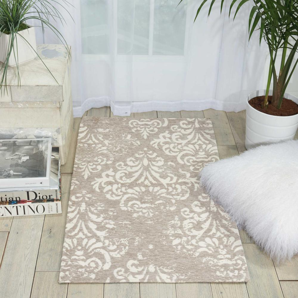 "Damask Area Rug, Ivory/Grey, 2'3"" x 3'9"". Picture 4"
