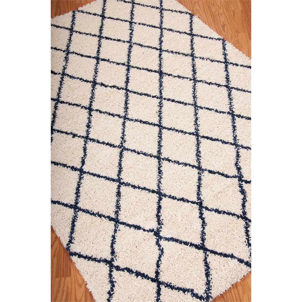 Brisbane Area Rug, Ivory/Blue, 5' x 7'. Picture 7