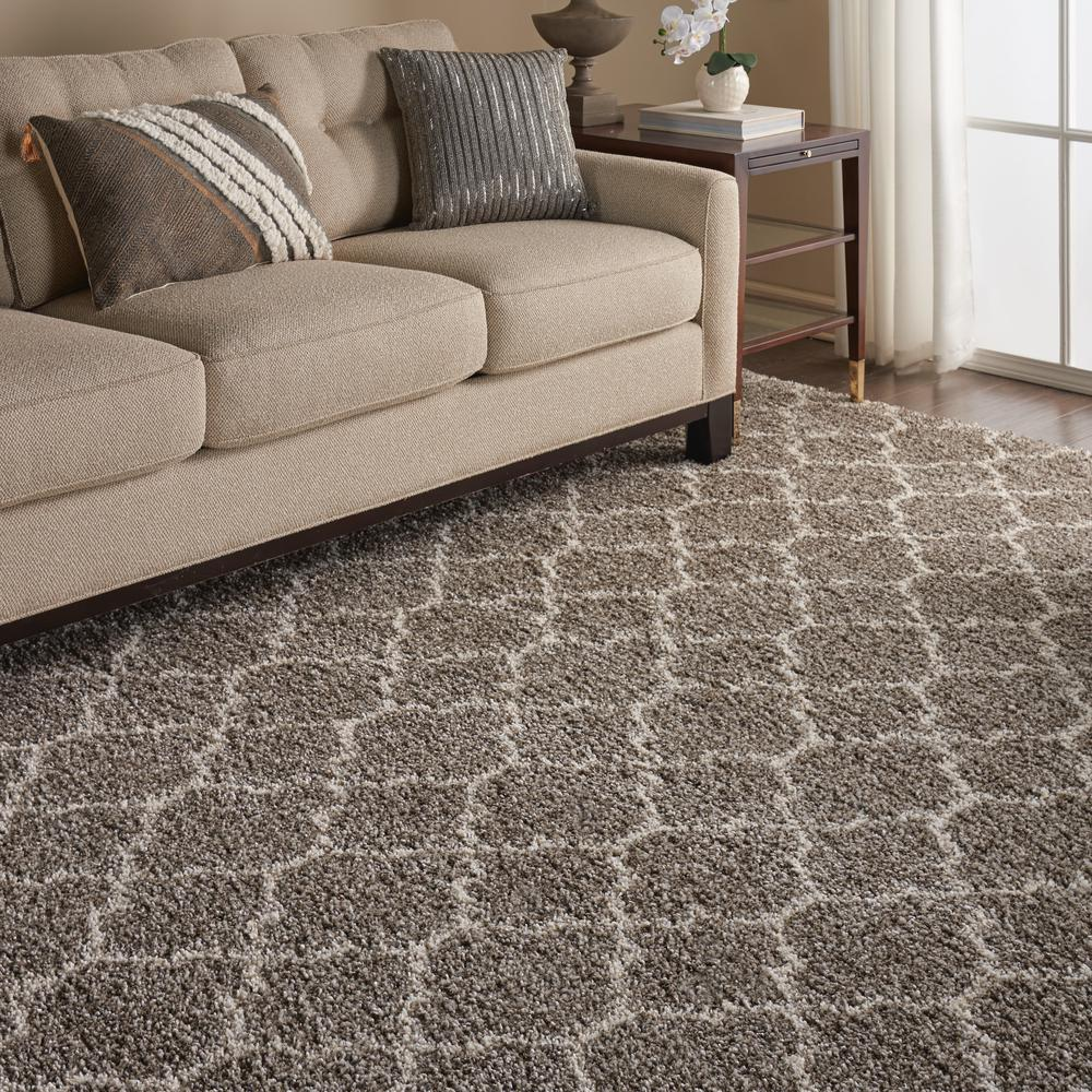 """Amore Area Rug, Stone, 6'7"""" x 9'6"""". Picture 5"""