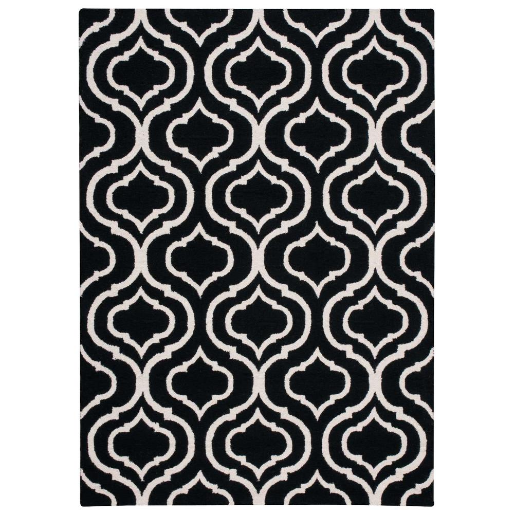 "Linear Area Rug, Black/White, 3'9"" x 5'9"". Picture 1"