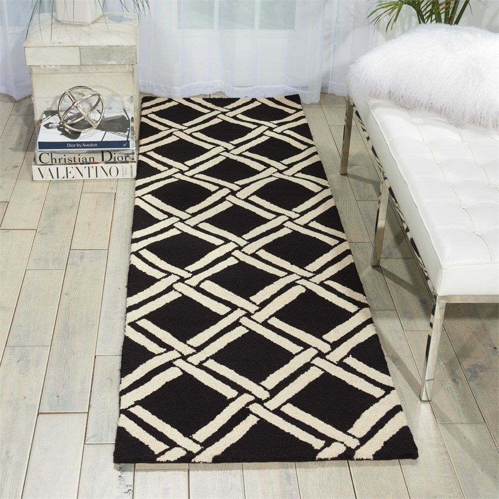 Linear Black/White Area Rug. Picture 4