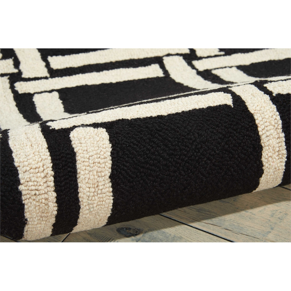 Linear Black/White Area Rug. Picture 5
