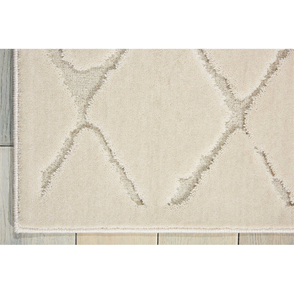 """Gleam Area Rug, Ivory, 5'3"""" x 7'3"""". Picture 2"""