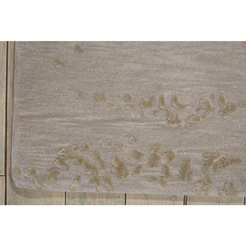 "Opaline Area Rug, Silver, 3'9"" x 5'9"". Picture 2"