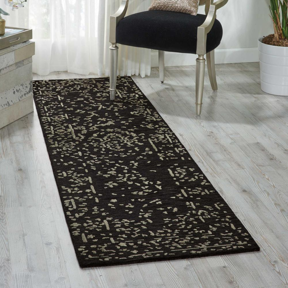 """Opaline Area Rug, Mmidnight/Silver, 2'3"""" x 8'. Picture 4"""