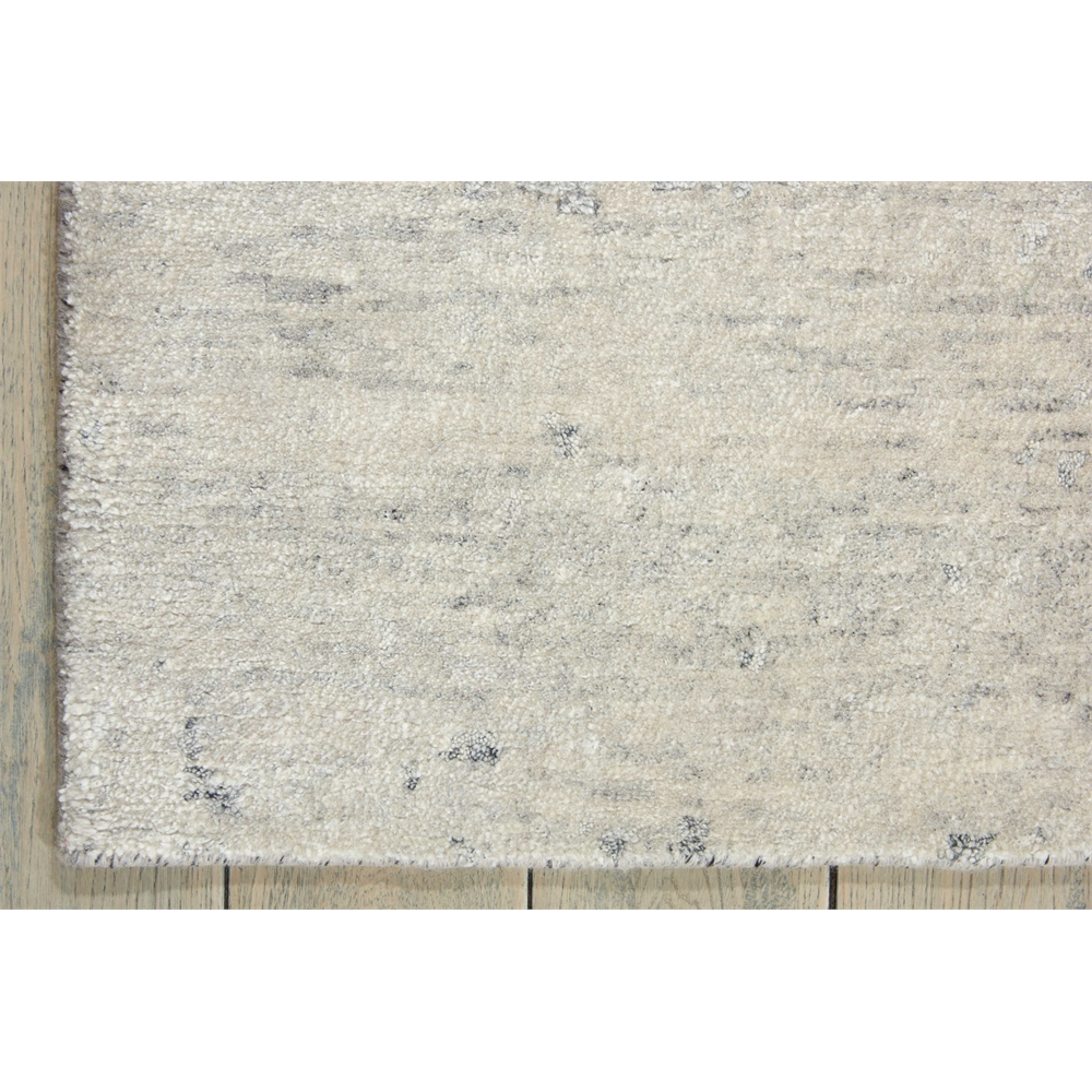 Silk Shadows Ivory/Silver Area Rug. Picture 2