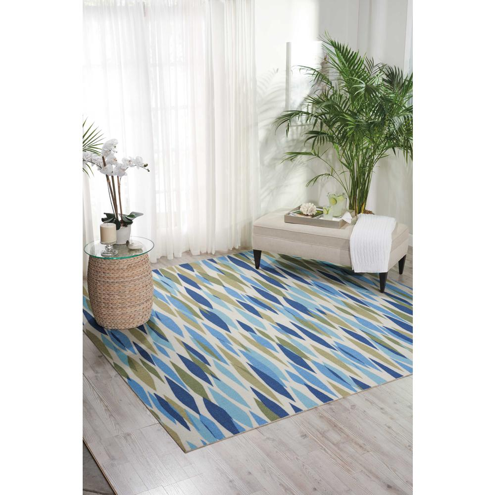 "Sun N Shade Area Rug, Seaglass, 2'3"" x 3'9"". Picture 2"
