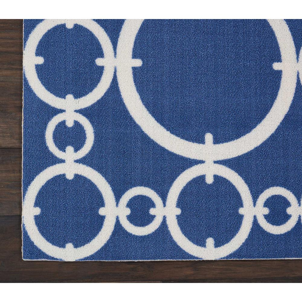 "Sun N Shade Area Rug, Navy, 2'3"" x 8'. Picture 5"