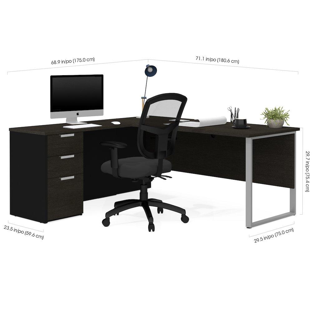 Pro-Concept Plus L-Desk with Metal Leg in Deep Grey & Black. Picture 2