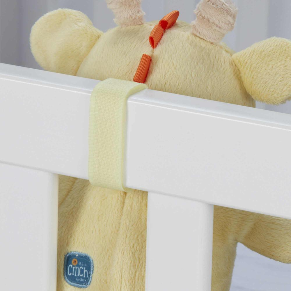Cinch by dexbaby Plush Mini Giraffe - Sleep Aid Womb Sound Sootherw/Playard and Crib Attachment. Picture 7