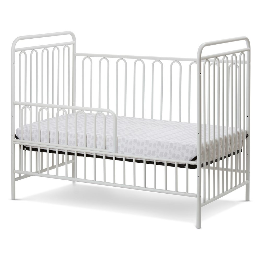 Trinity 3 in 1 Convertible Full Sized Metal Crib in Alabaster White. Picture 2
