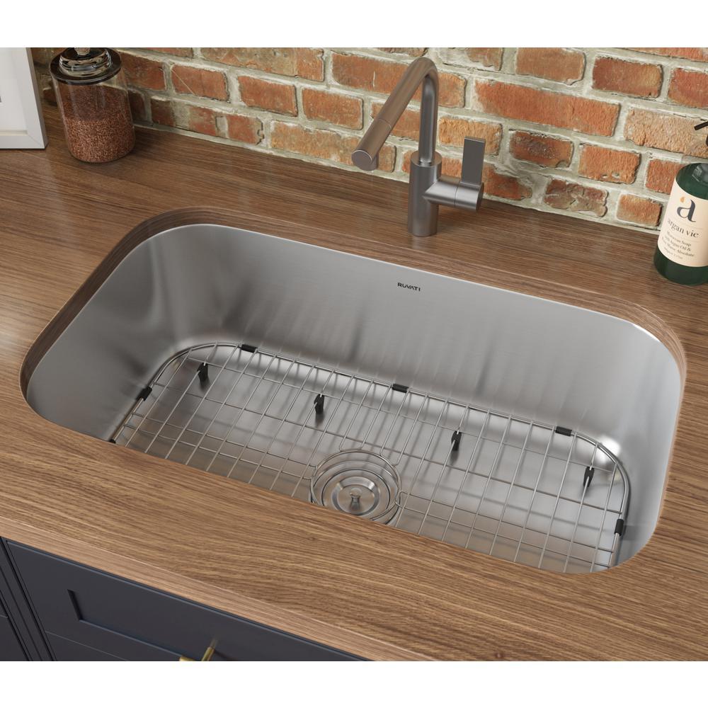 32-inch Undermount 16 Gauge Stainless Steel Kitchen Sink Single Bowl