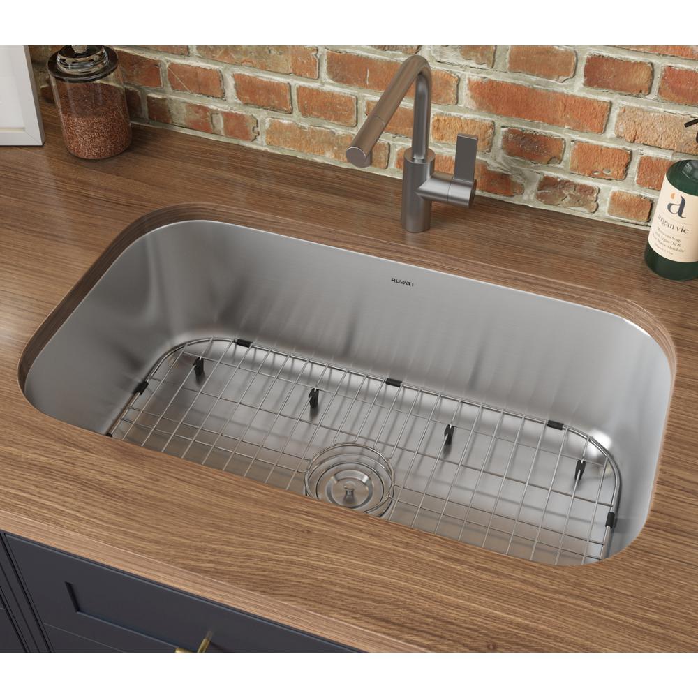 30-inch Undermount 16 Gauge Stainless Steel Kitchen Sink Single Bowl