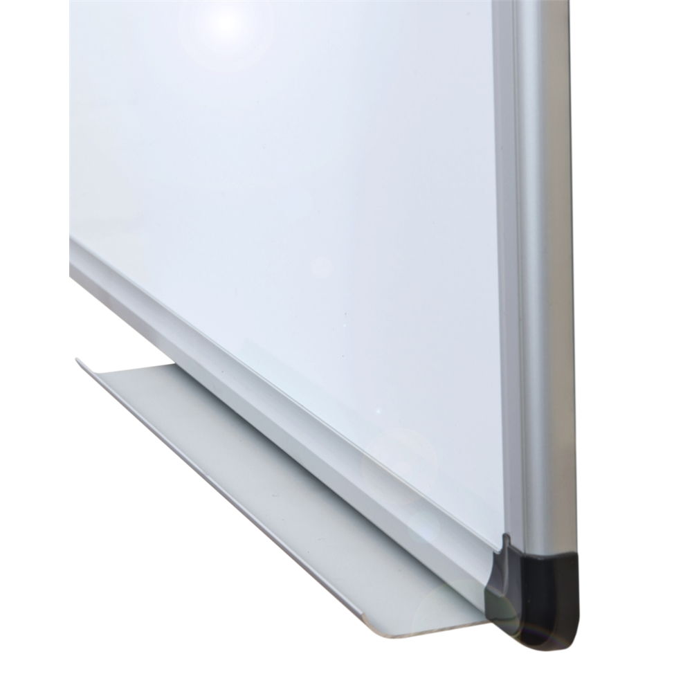 """Viztex Lacquered Steel Magnetic Dry Erase Board with an Aluminium frame (24""""x18""""). Picture 3"""