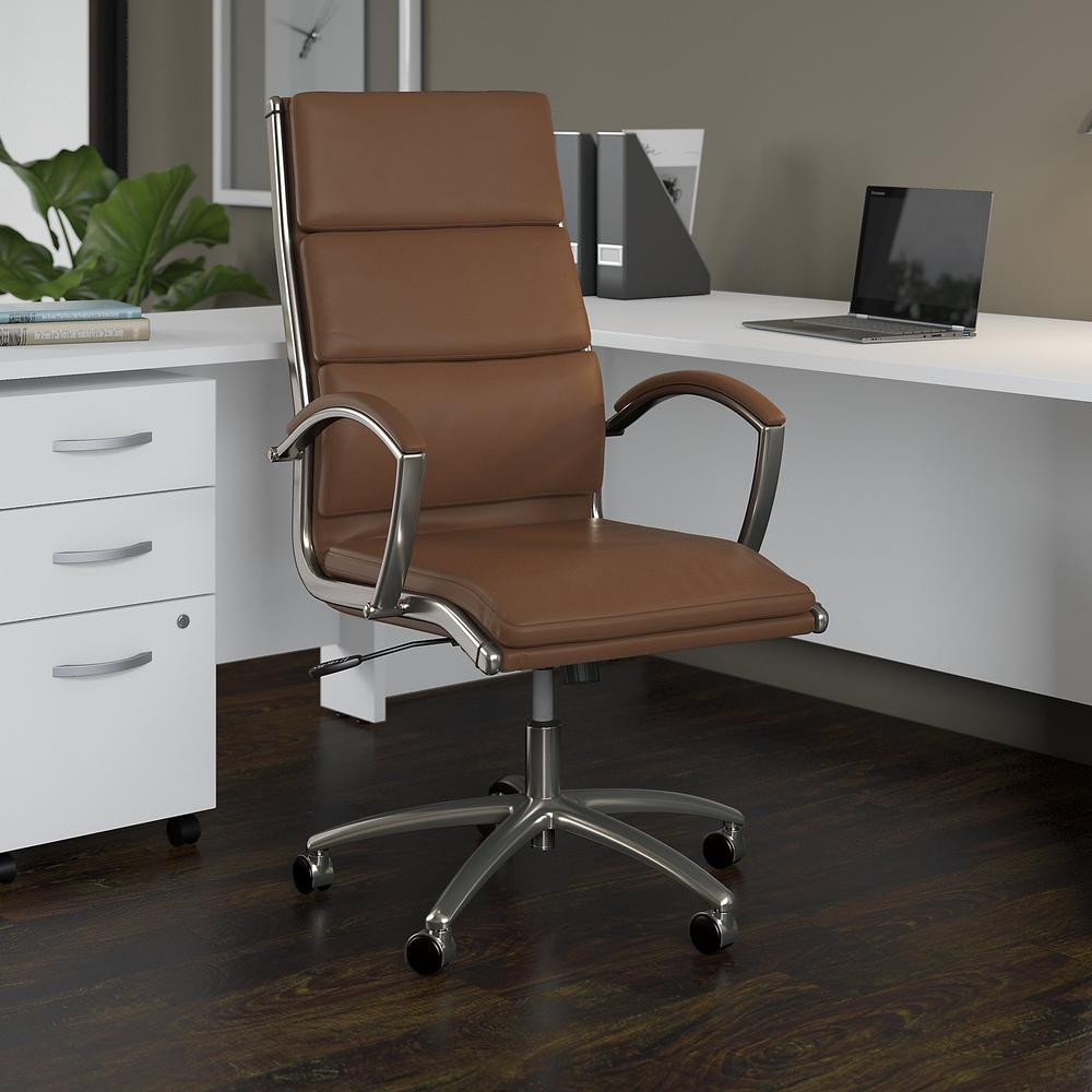 Modelo High Back Leather Executive Office Chair