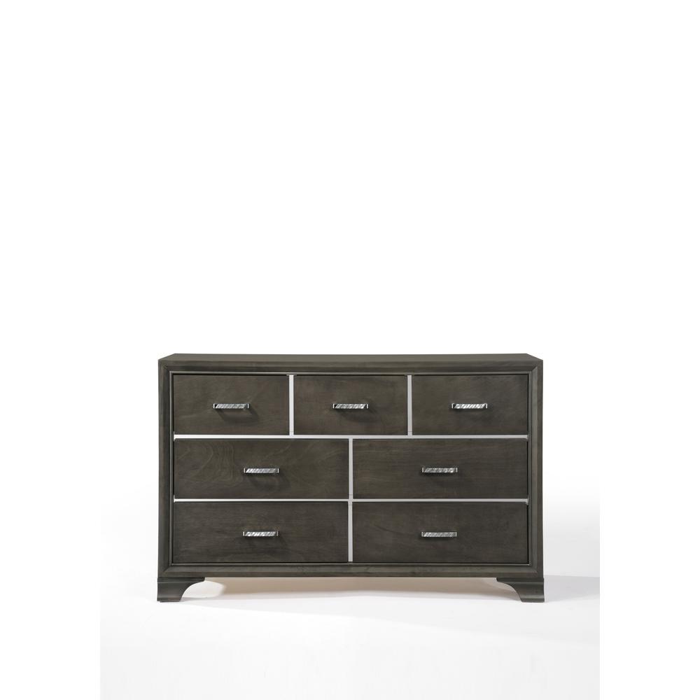 Carine Dresser, Gray. Picture 5