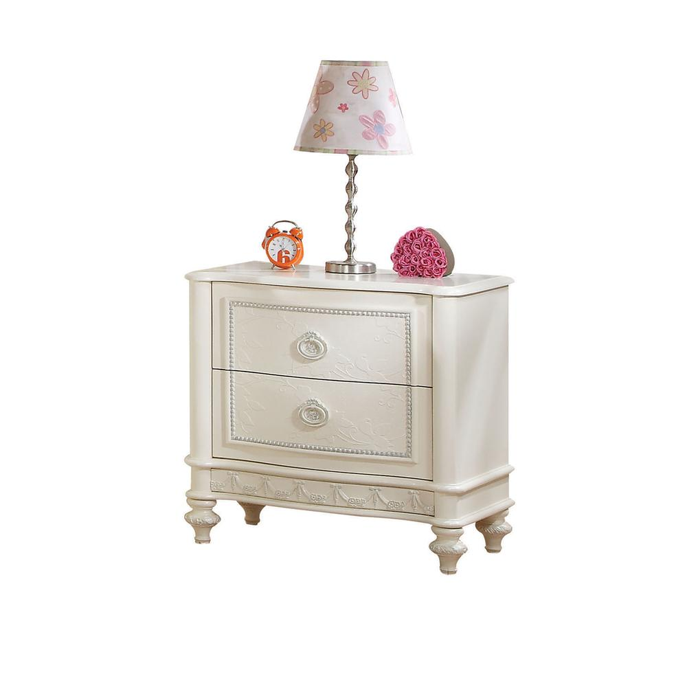Dorothy Nightstand, Ivory. Picture 1