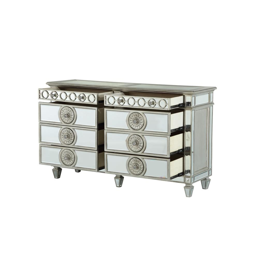 Varian Dresser, Mirrored. Picture 2