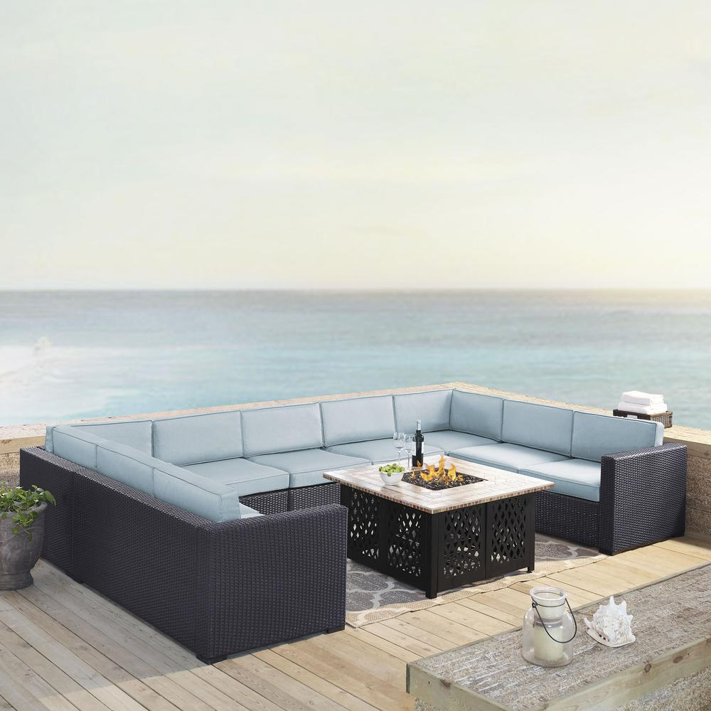 Biscayne 6pc Outdoor Wicker Sectional Set W Fire Table