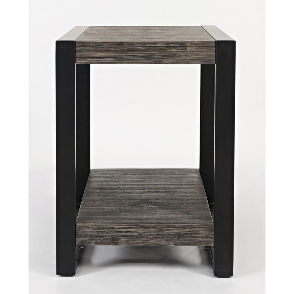 Pinnacle Chairside Table