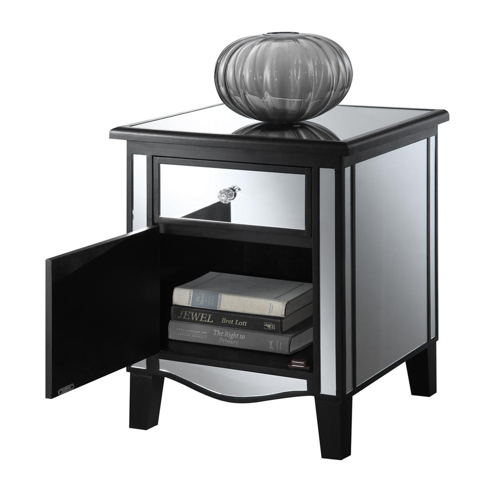 Gold Coast Park Lane Mirrored End Table. Picture 4