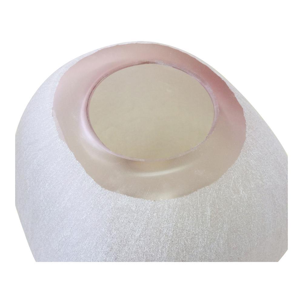 Concord Glass Vase. Picture 3
