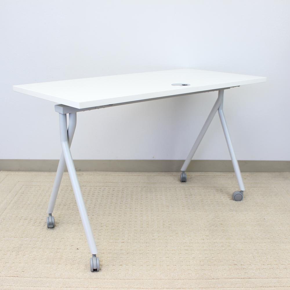 """36"""" Folding Table, White. Picture 4"""