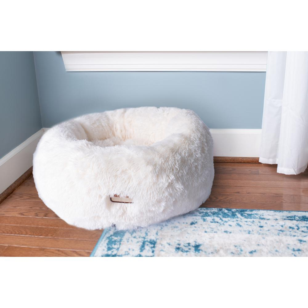 Armarkat Cuddle Bed Model C70NBS-M, Ultra Plush and Soft. Picture 3