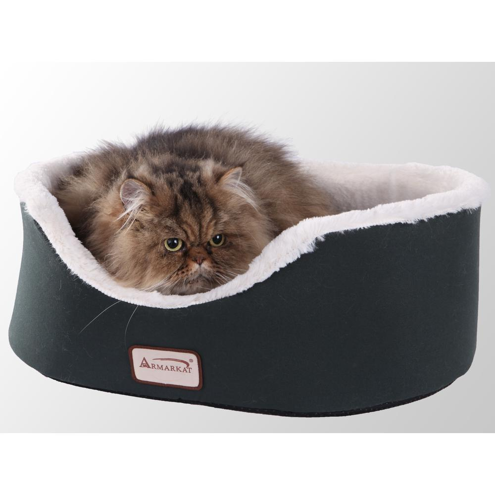Armarkat Pet Bed Model C04HML/MB   Laurel Green and Ivory. Picture 2